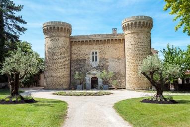 Façade Château de Massillan