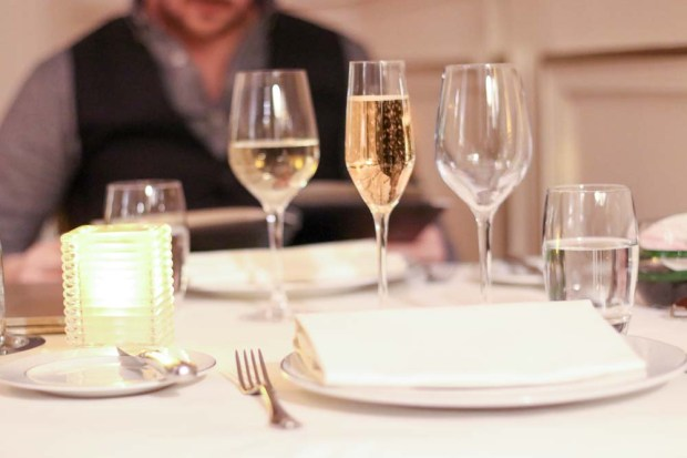 mont-royal-chantilly-champagne