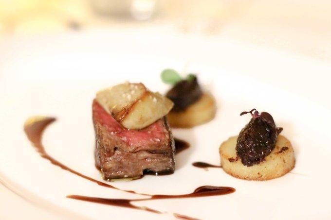 mont-royal-chantilly-restaurant-plat-boeuf-mademoiselle-travel-bd