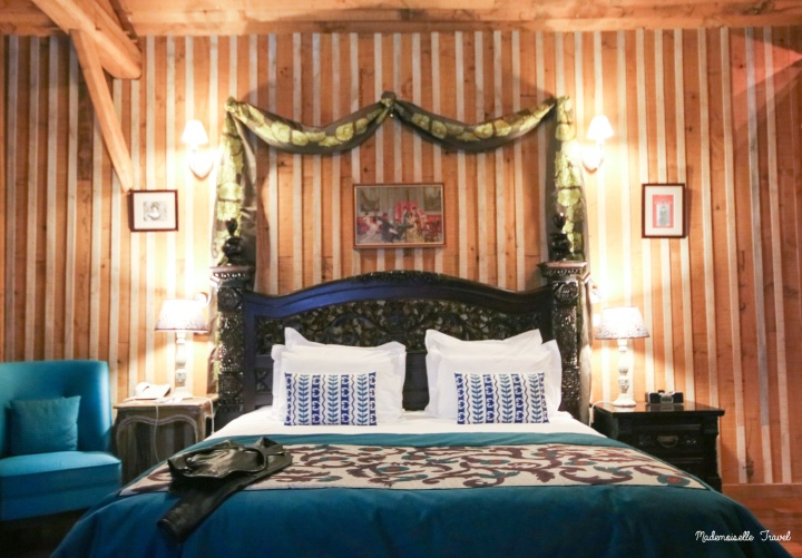 chateau-du-boisniard-mademoiselle-travel-chambre-lady-mond