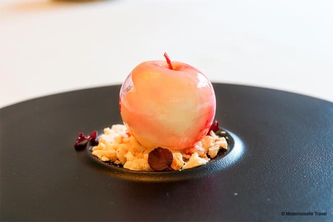 chateau du boisniard - pomme soufflee - dessert du chef morice valentin.jpg