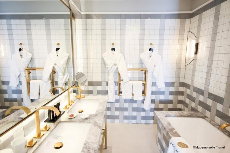 Nolinkski_salle-de-bain_mademoiselle-travel