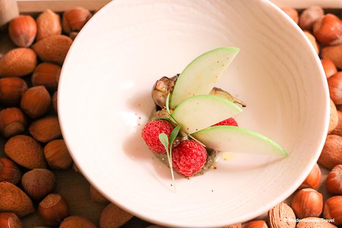 aubergine-framboise-clair-de-la-plume-mademoiselle-travel